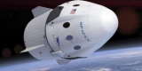 SpaceX имеет туристические полеты на Луну за год